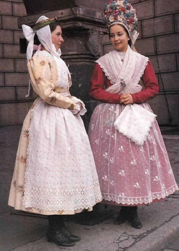 женщины в традиционных костюмах, Перу, фото 5
