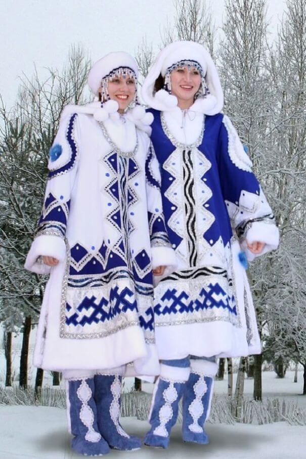 женщины в традиционных костюмах, Россия, фото 20