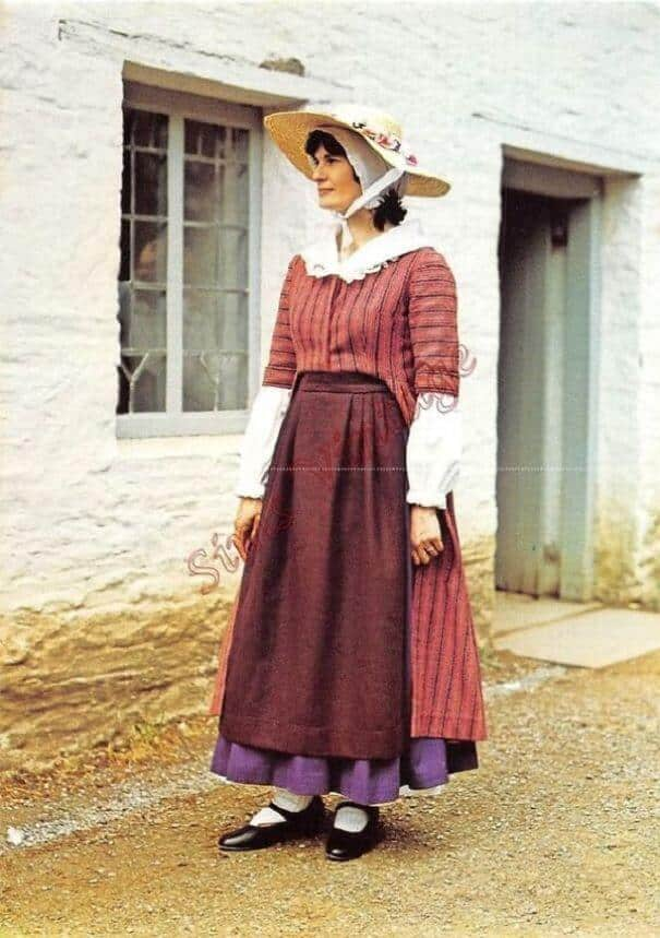 женщины в традиционных костюмах, Шотландия, фото 15