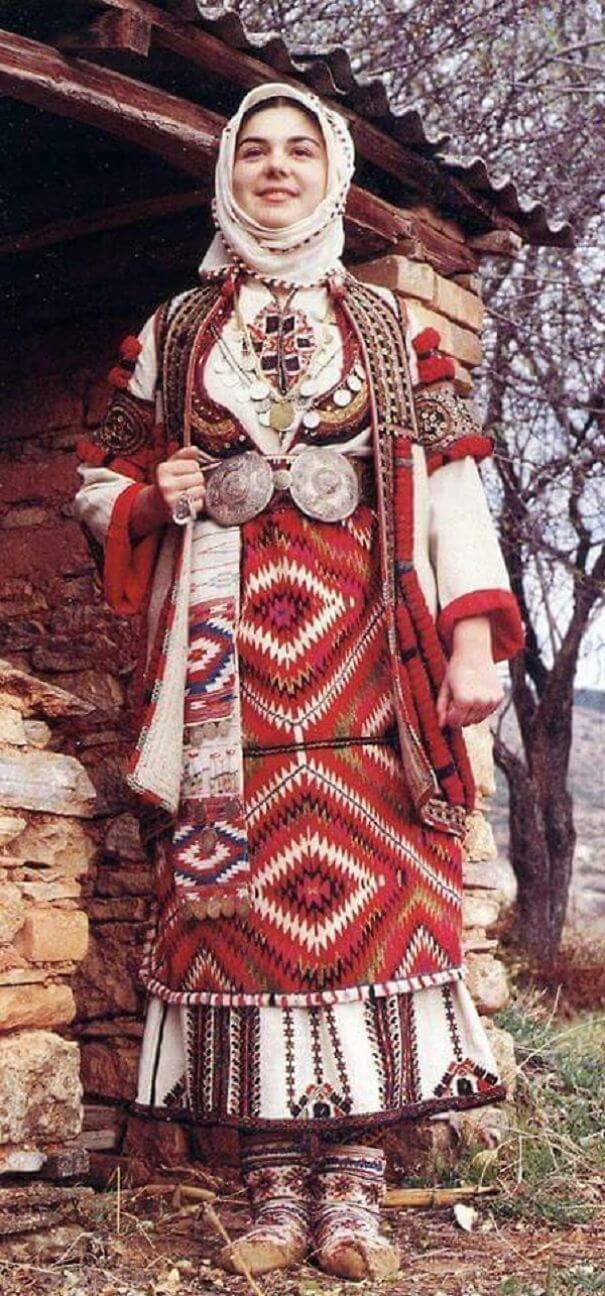 женщины в традиционных костюмах, Венгрия, фото 19