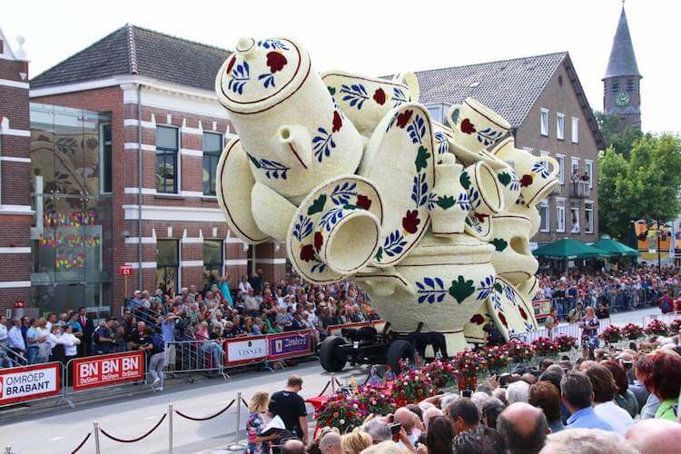Цветочный парад Корсо Зюндерт, фото 3