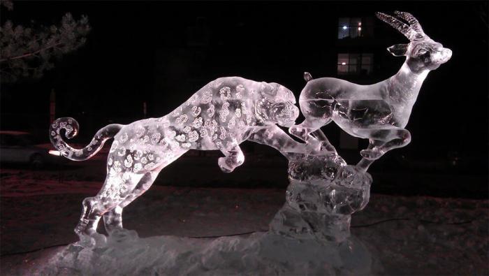 Невероятные ледяные творения скульптора Даррена Джексона