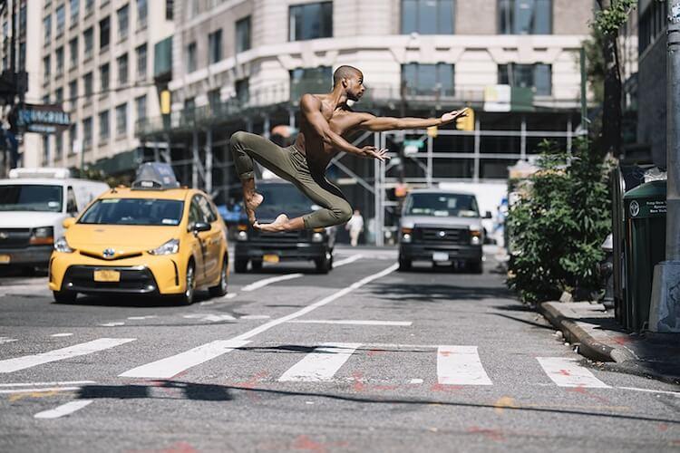 Танцоры балета на городских улицах, фото 9