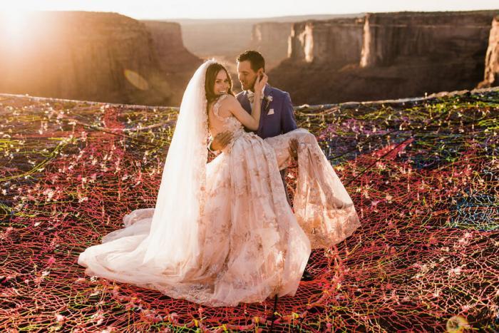 Свадебная фотосессия в воздухе