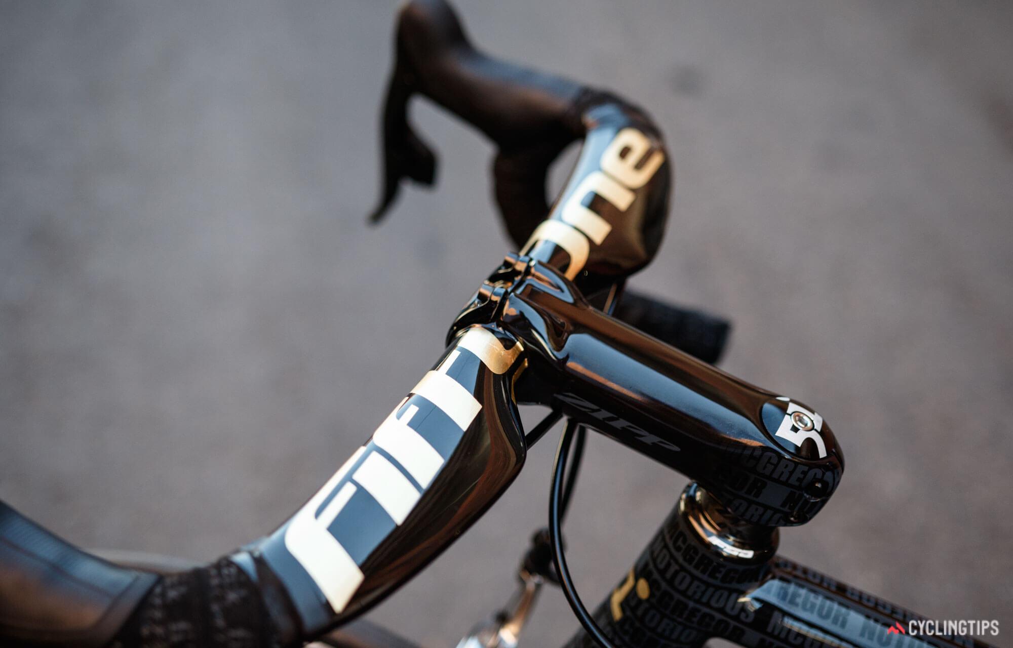 Золотой велосипед Конора МакГрегора, фото 10