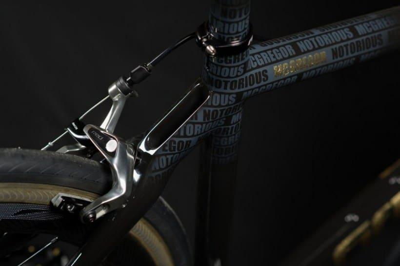 Золотой велосипед Конора МакГрегора, фото 6