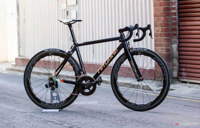 «Золотой» велосипед для легендарного МакГрегора
