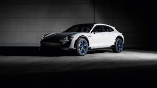 электромобиль Porsche Mission E Cross Turismo, фото 3