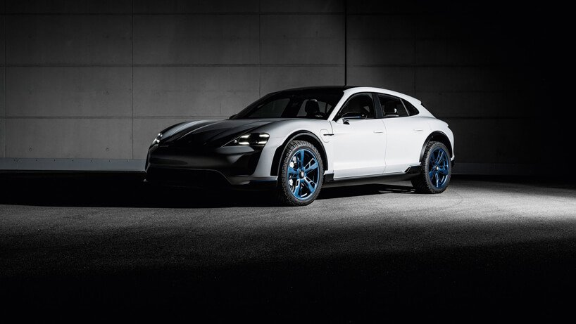 электромобиль Porsche Mission E Cross Turismo, фото 3