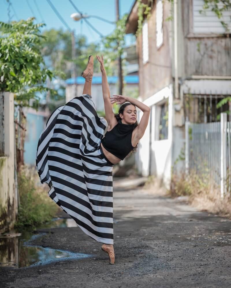 фотографии танцоров на фоне разрушений в Пуэрто-Рико, ураган Мария, фото 14