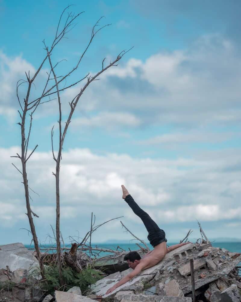 фотографии танцоров на фоне разрушений в Пуэрто-Рико, ураган Мария, фото 2