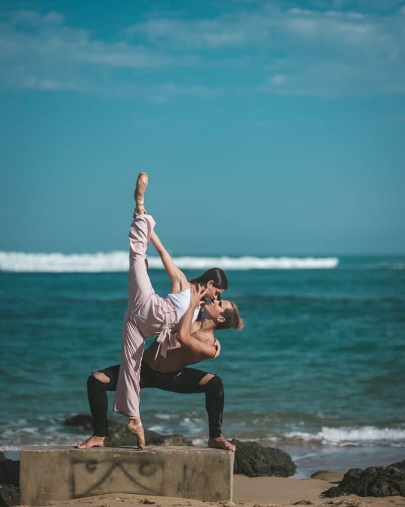 фотографии танцоров на фоне разрушений в Пуэрто-Рико, ураган Мария, фото 20