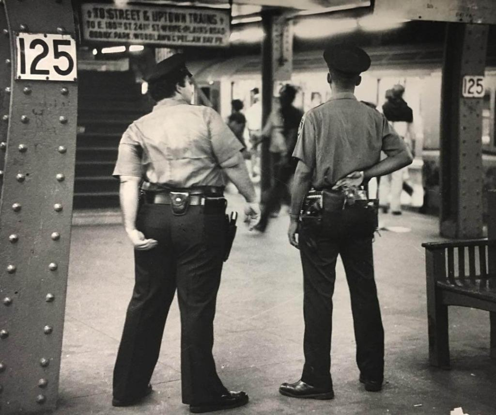 «Останови и обыщи». Гарлем, Нью-Йорк. Начало 80-х.