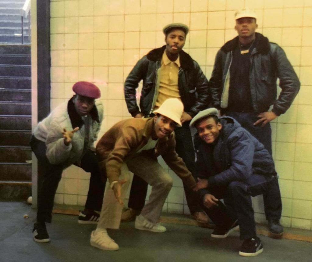 Прямиком из Бруклина. Серия «До того, как пришёл крэк». Станция Декалб-авеню. Бруклин.