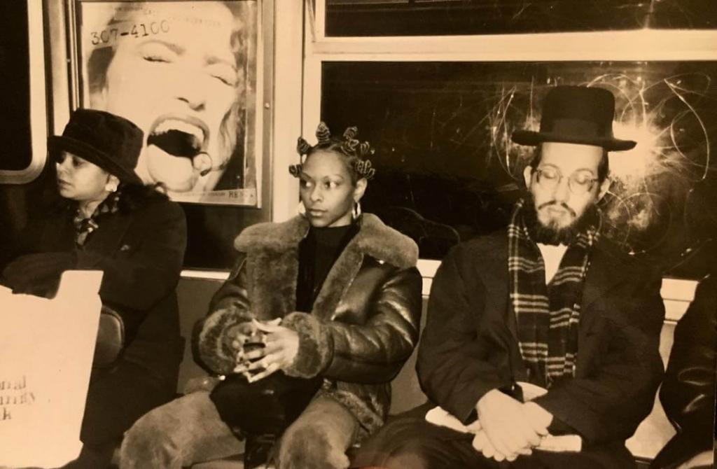 Час пик. Бруклин, в поезде маршрута J. Середина 1990-х.