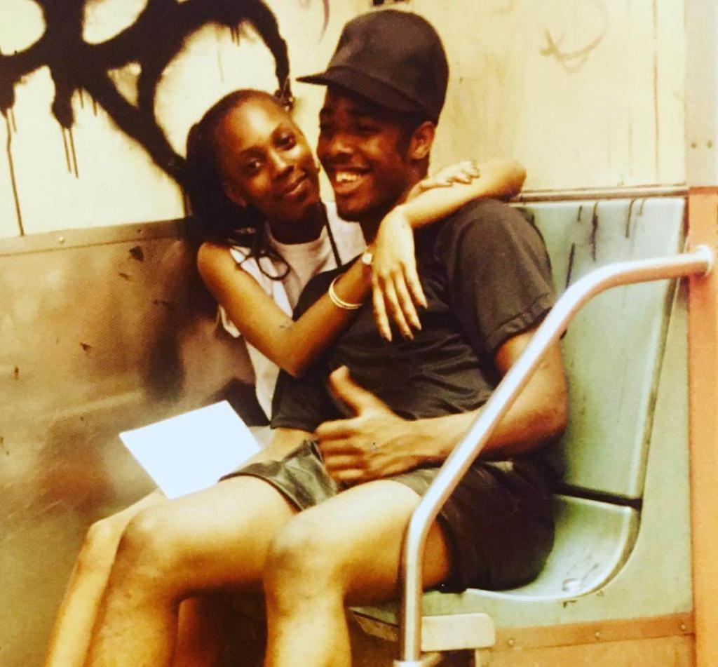 «Старая школьная любовь». В поезде из Флэтбуша, маршрут D, Бруклин. Начало 80-х.