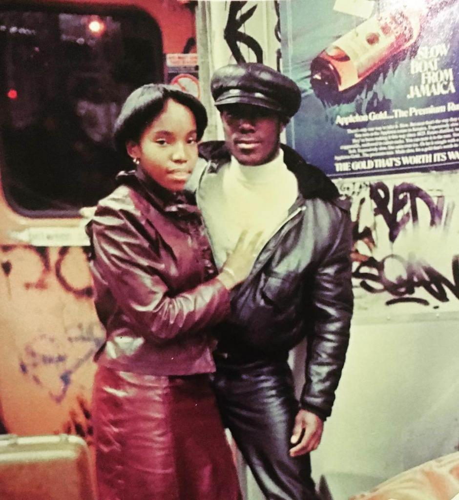 «Жестче, чем кожа». В поезде № 2 из Браунсвилла, Бруклин. 1980 гг.